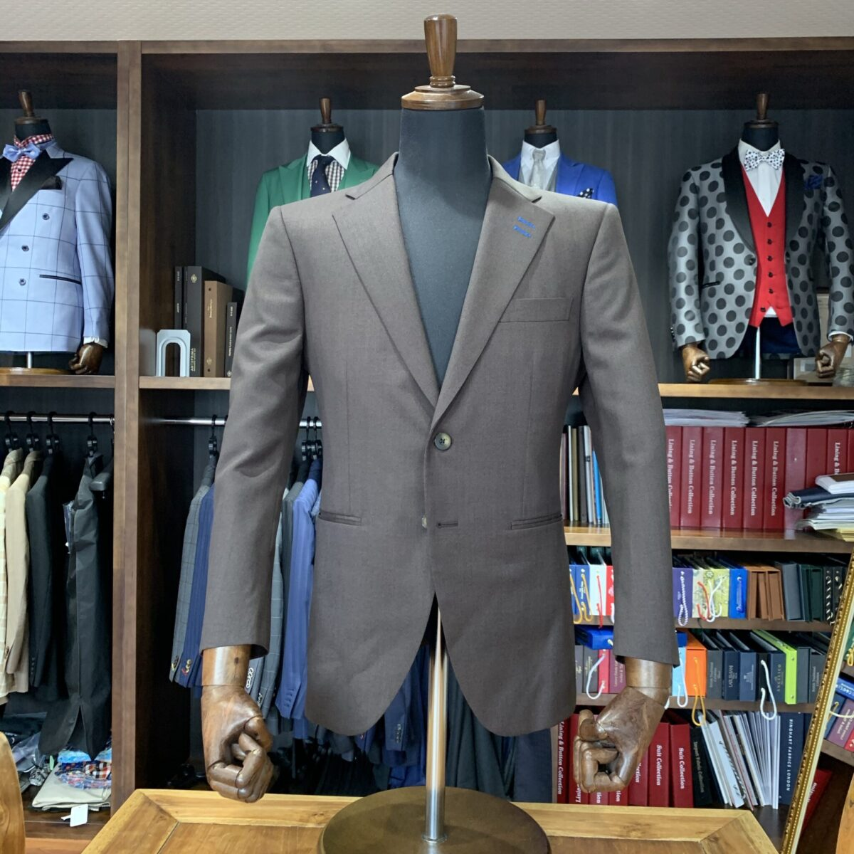 滋賀県高島市U様のオーダースーツを仕上げさせていただきました!